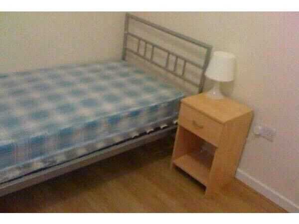 Single bedroom furnished with all bills included n