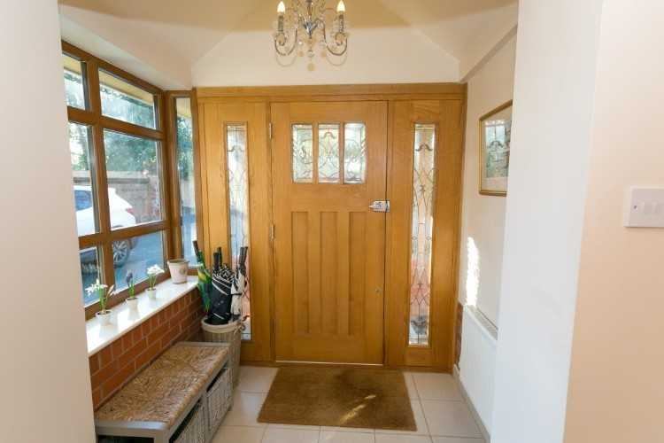Entrance-porch-Custom.jpg