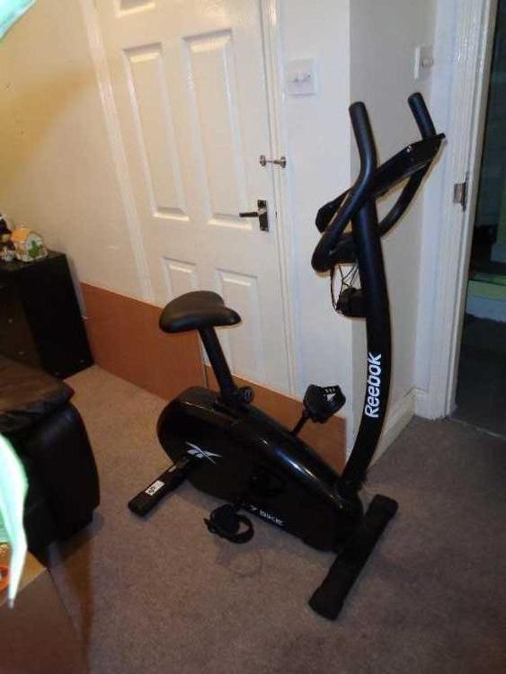 Reebok ZR7 Exercise Bike latest one very nice