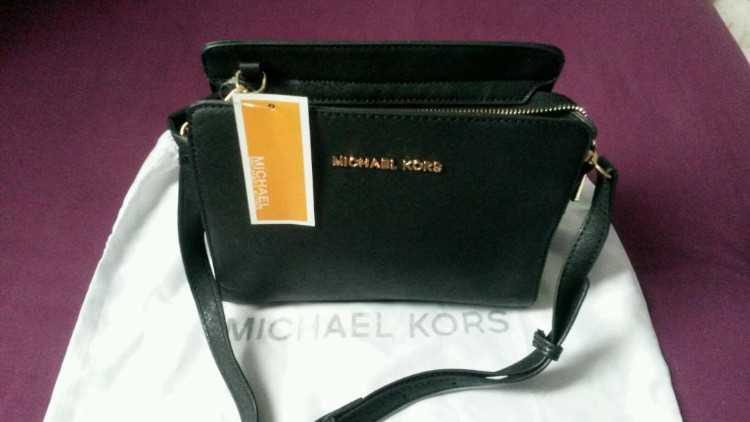 Womens Michael kors handbag