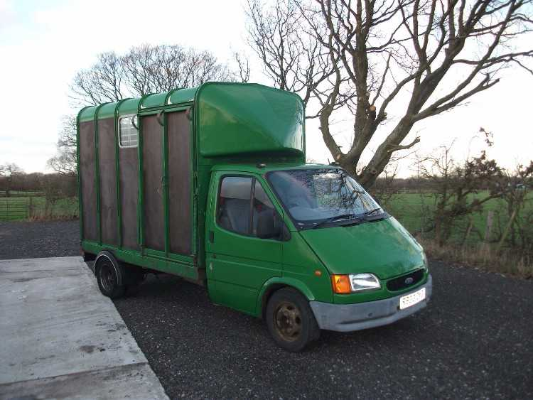 ford transit 3.5 ton ifor williams horsebox