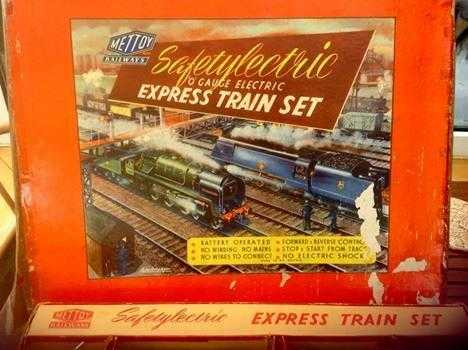 METTOY SAFTEYLECTRIC EXPRESS TRAIN SET