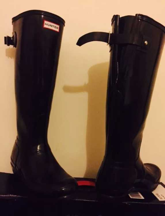 Hunter black gloss adjustable wellies worn once.