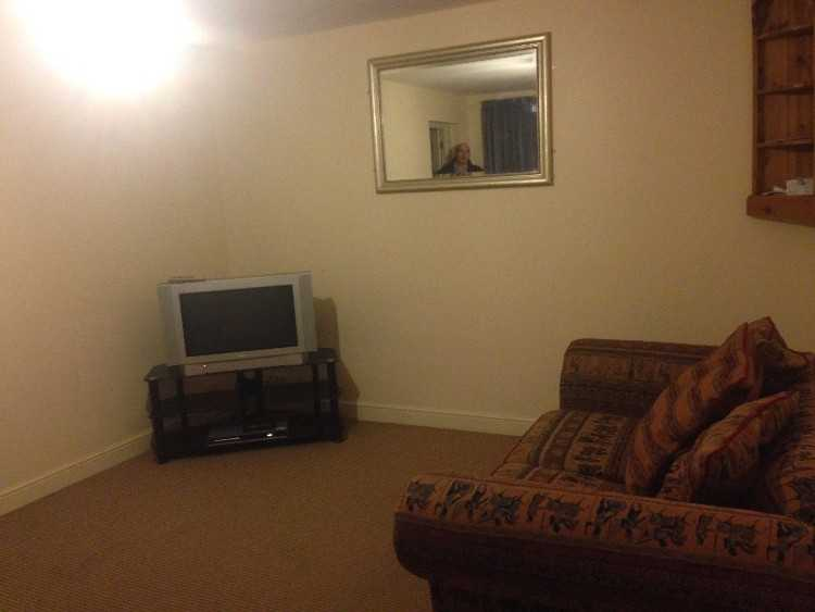 1 bedroom large ground floor flat