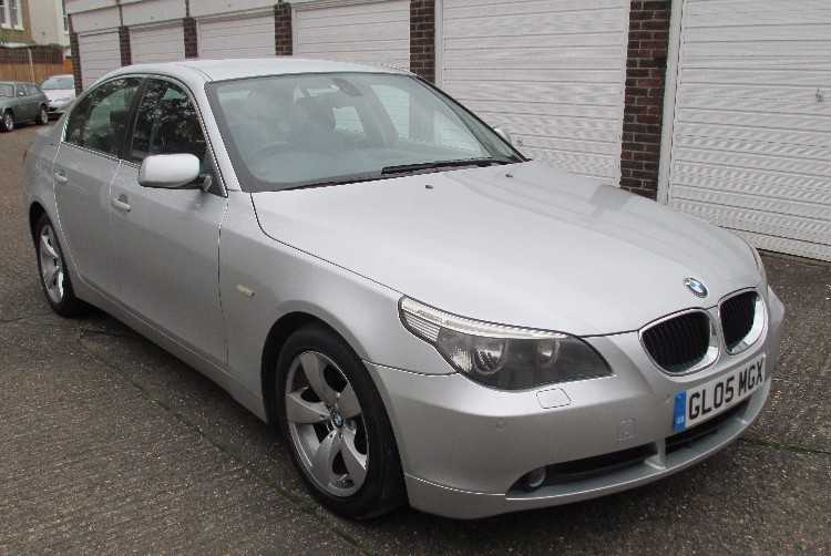 2005 BMW 5 SERIES 523i SE AUTO 4DR SALOON HISTORY