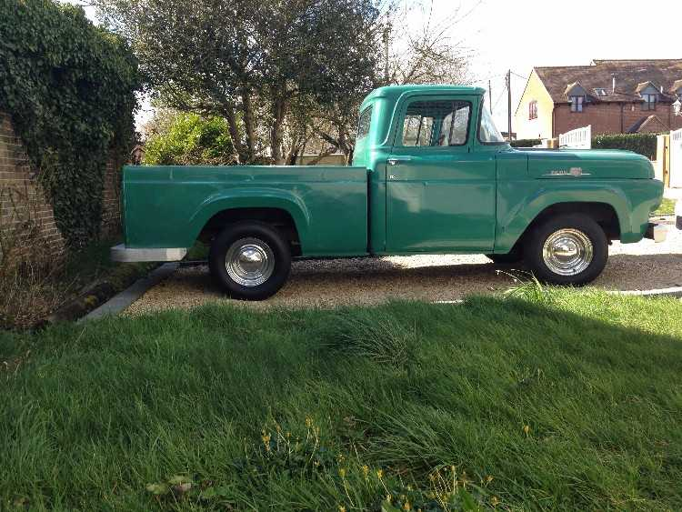 AMERICAN FORD F100 PICK UP