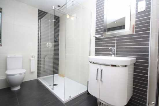 Bathroom-4-Custom.jpg