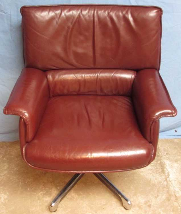 Retro 1970s Leather Arm Chair