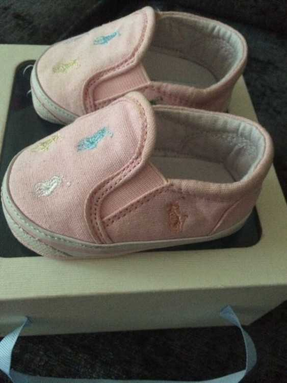 Girls Ralph Lauren crib shoes