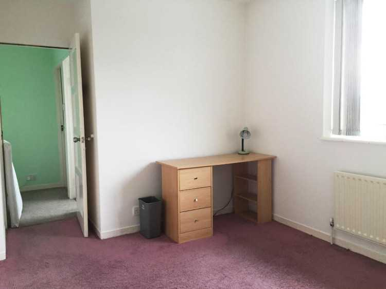 SPACIOUS Double room in Worthing for £100 per week