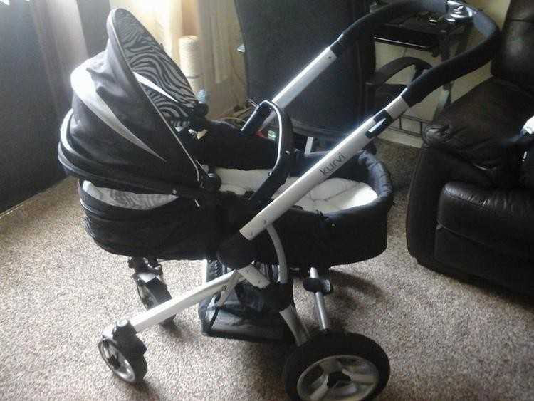ex con 3 way pram come with carrycot car seat cost